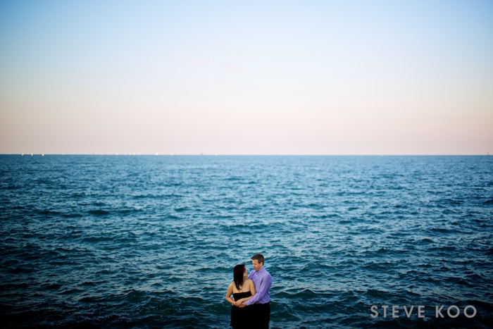 lakefront-engagement-photos  0004