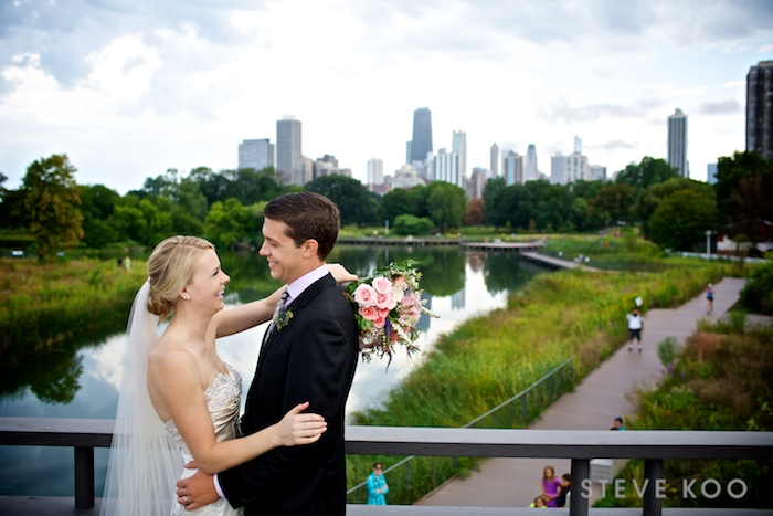 chicago-skyline-wedding-photo