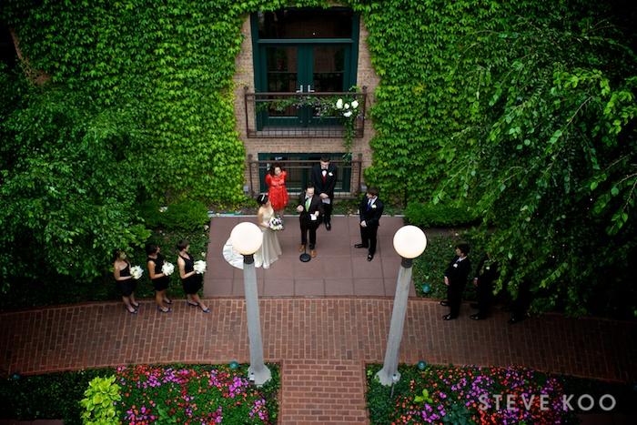 ivy-room-courtyard