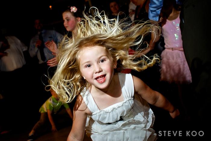 kids-wedding-crazy-dance-hair