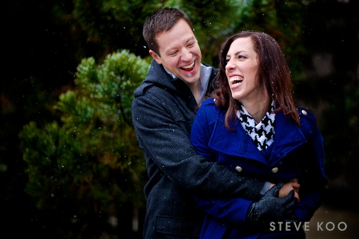 snowing-engagement-photo
