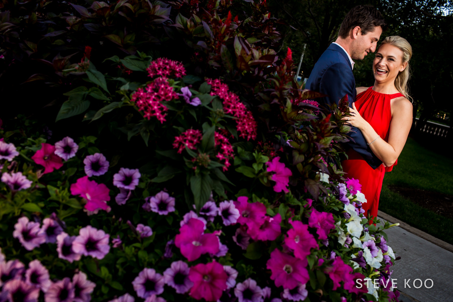flowers-engagement-photos