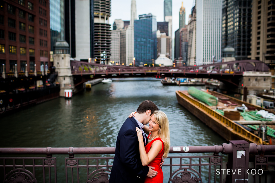 downtown-engagement-photo-04
