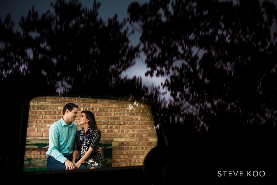 chicago-engagement-session-photo
