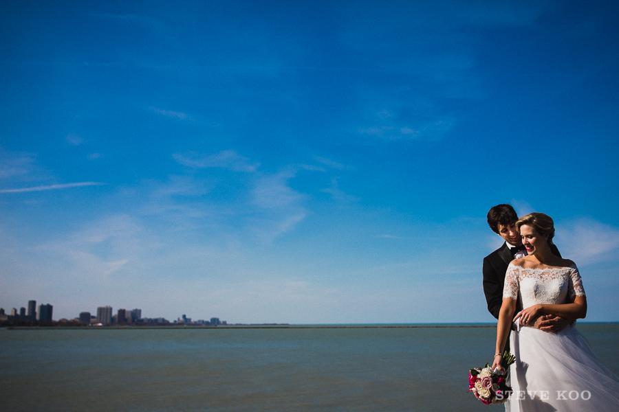 lake-michigan-chicago-wedding