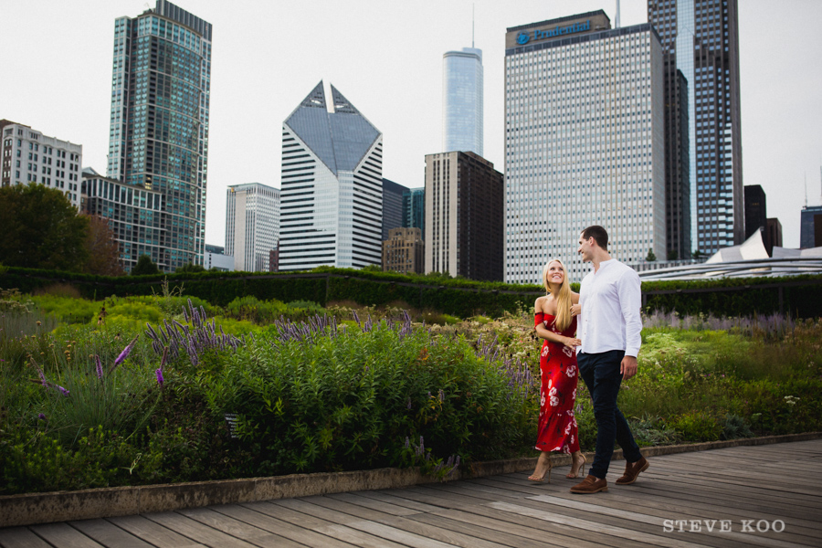 millennium-park-engagement-photo-04