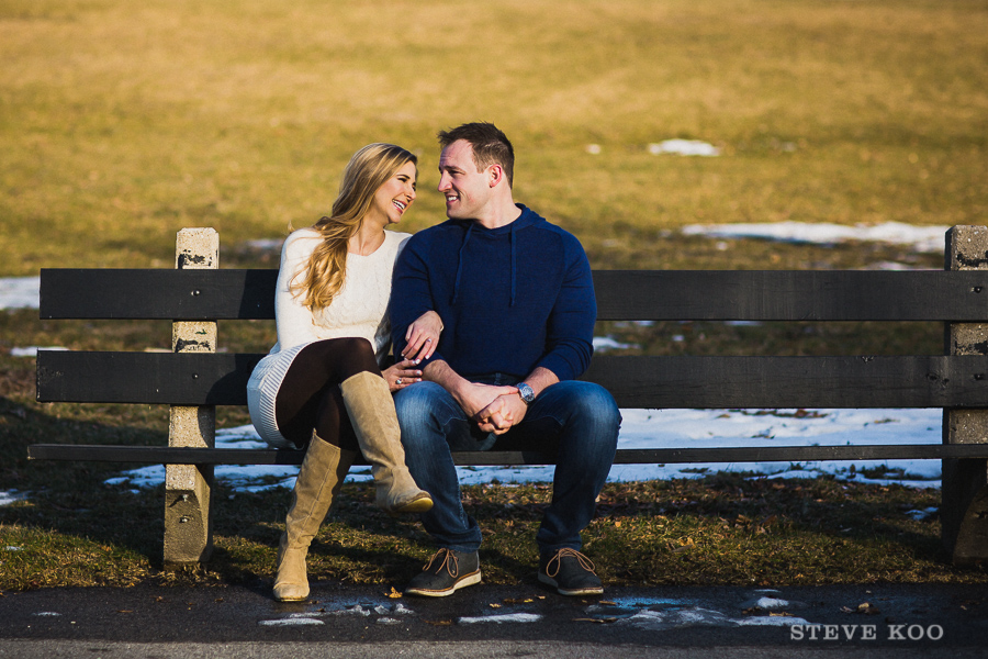 winter-engagement-photos-03